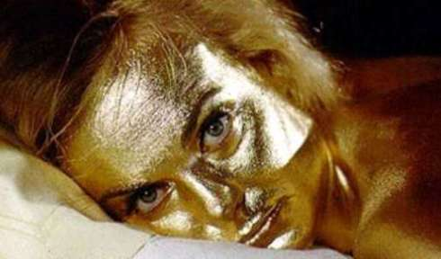 gf_goldfinger_foto_shirley_eaton_gold_paint_AB_03_01a